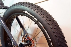 2015-Panaracer-Fat-B-Nimble-fat-bike-tire02-600x399